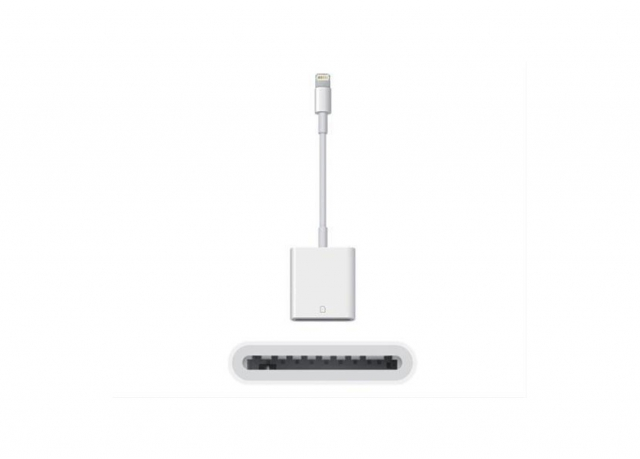 Adattatore Lightning to SD Card Camera Reader per iPhone5 - iPad Mini/Air (cod.MD822ZM)